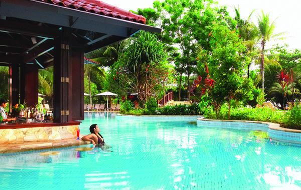 2_bintan_lagoon_pool