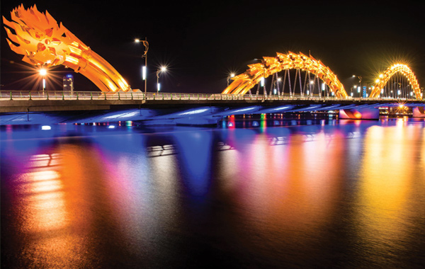 dragon-bridge-da-nang-2