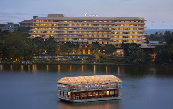 cinnamon-lakeside-colombo-hotel-8-degrees