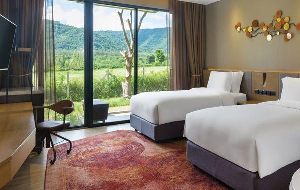 dusit-d2-hotel-room