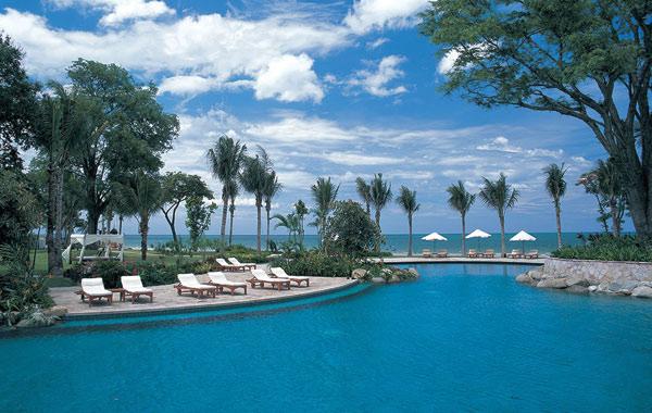 hyatt-hotel-hua-hin-pool