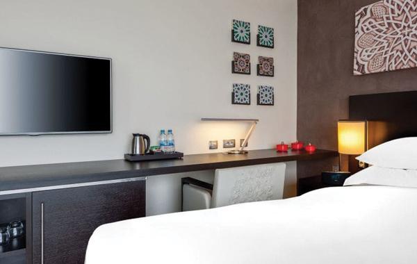 hyatt-place-hillside-room