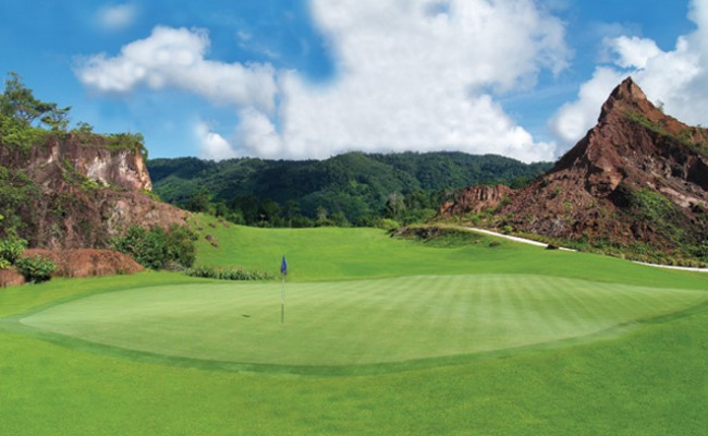 red-mountain-golf-club-thailand