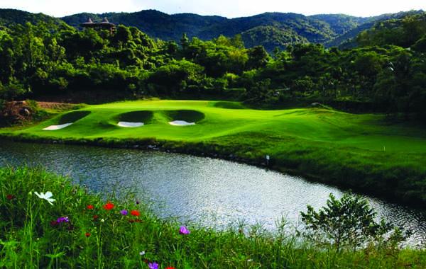 mystic-springs-golf-club-2