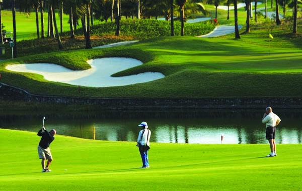 yalong-bay-golf-club-2