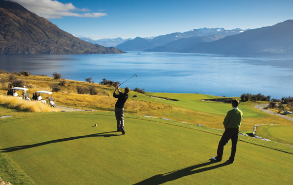 Watch a Golf Video on Jacks Point Golf Club in Queenstown New Zealand