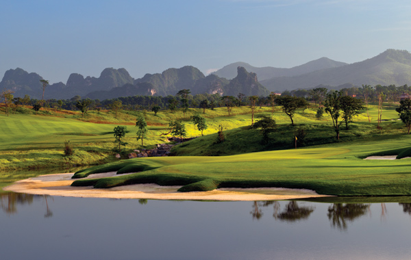 sky-lake-golf-club-vietnam