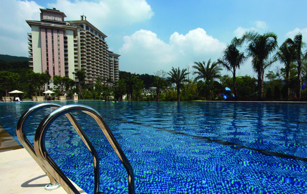 mission-hills-shezhen-pool-1